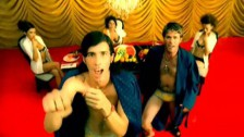 3OH!3 'Don't Trust Me' music video