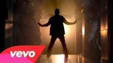 Usher 'DJ Got Us Fallin' In Love' music video